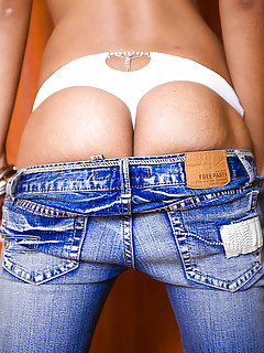 Shemale Jeans Pics